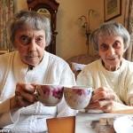 Kembar 90 Tahun Putuskan Jadi Jomblo Seumur Hidup
