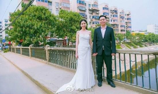 Kisah Romantis Dua Sahabat Kecil Yang Akhirnya Menikah
