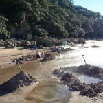 Pantai Air Hangat Selandia Baru