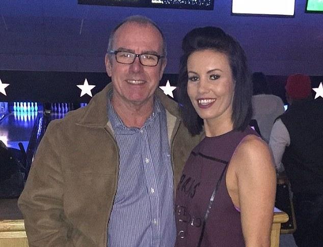 Berkah Natal, Bertemu Ayah Kandung Setelah 34 Tahun 1 DAILYMAIL