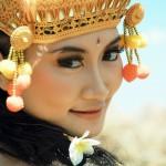 Cantiknya Gadis Bali