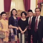 Ayah Sherina, Triawan Munaf dilantik di aula Istana Negara oleh Presiden RI Jokowi