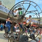 El Rodafonio, Sensasi Seru Nonton Sirkus Sekaligus Parade Musik ODDITYCENTRAL