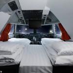 Keren! Pesawat Boeing 747 Disulap Menjadi Hotel Unik (Ruang kamar Jumbo Stay)