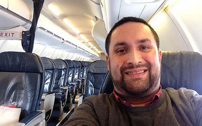 Pamer Naik Pesawat Sendirian, Twit Pria Ini Mendadak Jadi Viral 2 TELEGRAPH