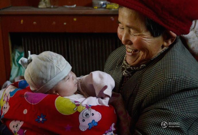 Sebelum Patah Semangat, Baca Dulu Pengabdian Wanita Dengan 40 Anak Ini 2 SHANGHAIIST