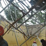 atap sekolah ambruk
