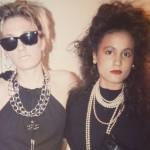 Tess (kanan) di usia 19 tahun   copyright Daily Mail