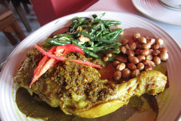 Makanan Khas Indonesia Yang Cara Bikinnya Luar Biasa 2