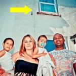 Bayi Itu Terlepas Dari Genggaman Sang Ayah - (c)oddee.com