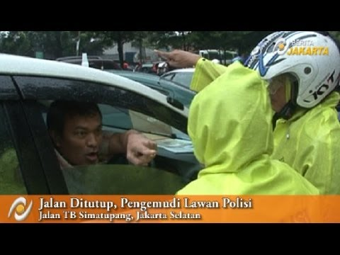 polisi tilang