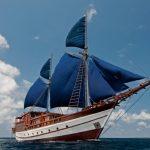 Kapal yang Mengandung Banyak Makna Simbolik Di Dalamnya [ Image Source ]