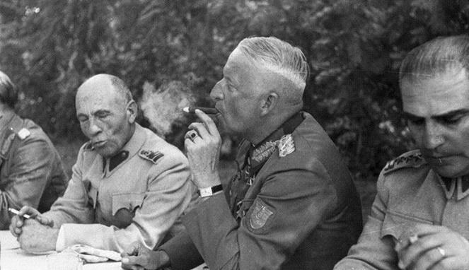 Erich Von Mainstein [ Image Source ]