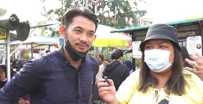 1 18 - Viral, Aktor FTV Ganteng Ini Banting Setir jadi Penjual Seblak Kaki Lima