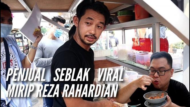 3 15 - Viral, Aktor FTV Ganteng Ini Banting Setir jadi Penjual Seblak Kaki Lima
